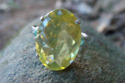 Anel de Prata 950 com Green Gold e Esmeralda Naturais