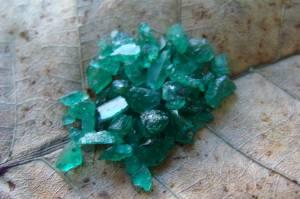 Lote de Esmeraldas com 65 Pedras e 9,0 Cts