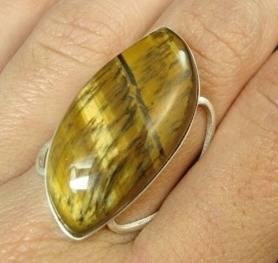 anel feminino de prata com olho de tigre natural