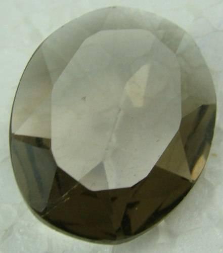 Pedra Natural de Quartzo Fumê Oval com 19.5 Cts