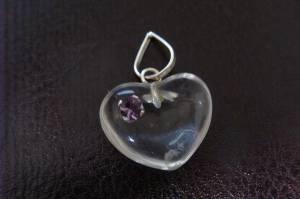 Pingente de Prata 925 com Coração Esculpido no Quartzo Transparente