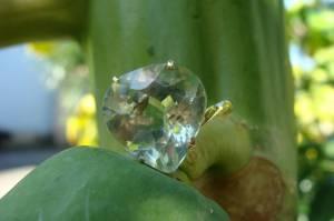 Anel de Ouro 18 k com Ametista Verde