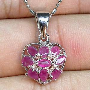 Pingente Coração de Prata 925 com Flor de Rubis Africanos Naturais
