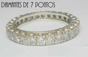 Aliança de Ouro Branco 18 K com 2,03 cts Diamantes