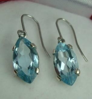 brincos de prata 950 com navetes de topazio sky blue
