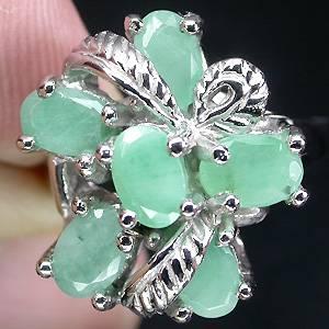 anel de prata com esmeralda