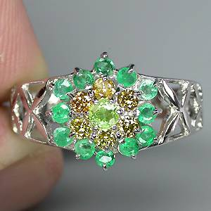 Anel de Ouro 14k Plated Prata 925 com Granada Demantoid Esmeraldas e 06 Diamante