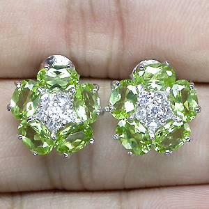 Brincos Florais de Prata 925 com Peridotos Naturais e Zircônias Cúbicas Lapidação Diamante