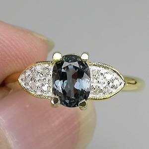 Anel de Ouro 14k Plated com Espinélio e 10 Diamantes Naturais