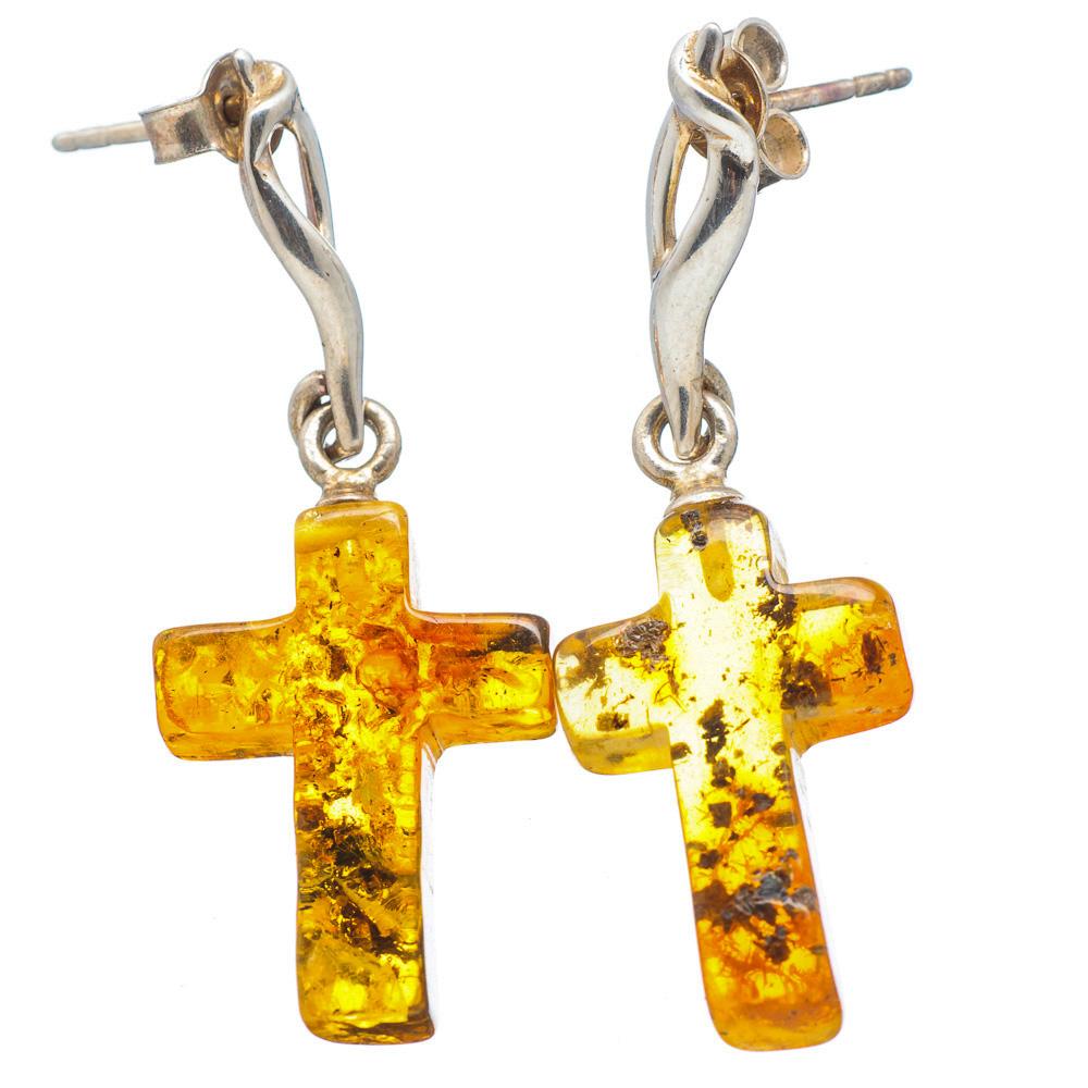 Brinco Crucifixo de Prata 925 com Âmbar do Báltico Natural